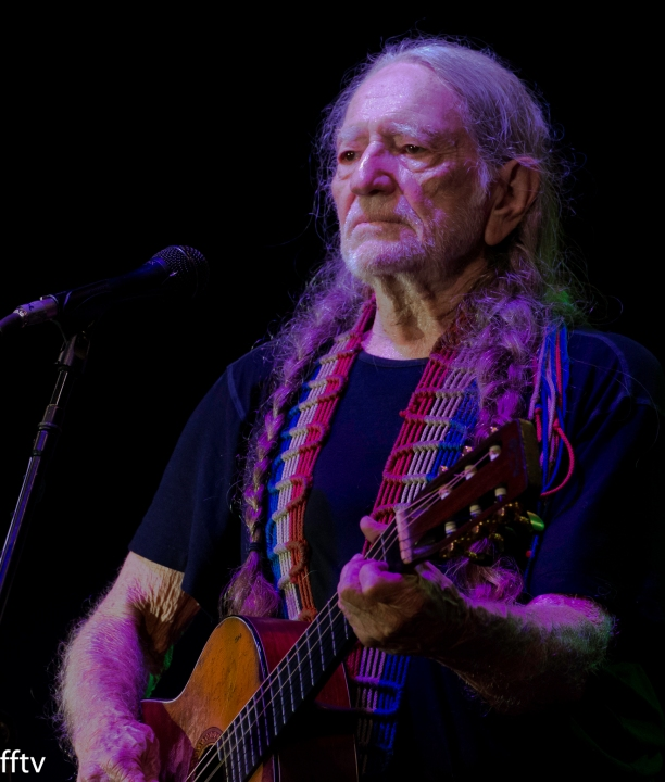 Willie Nelson- Buckle Up.